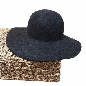 J. CREW Hat 100% Wool Floppy Boho Wide Brim NWT